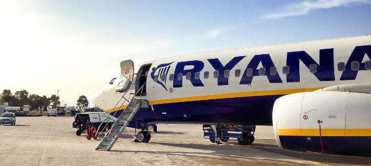 ryanair flyger från skavsta flygplats