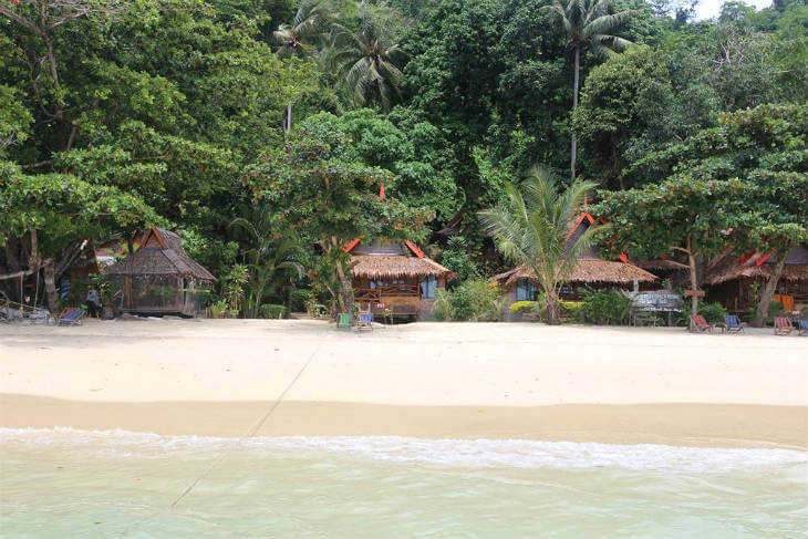 strand bungalows thailand