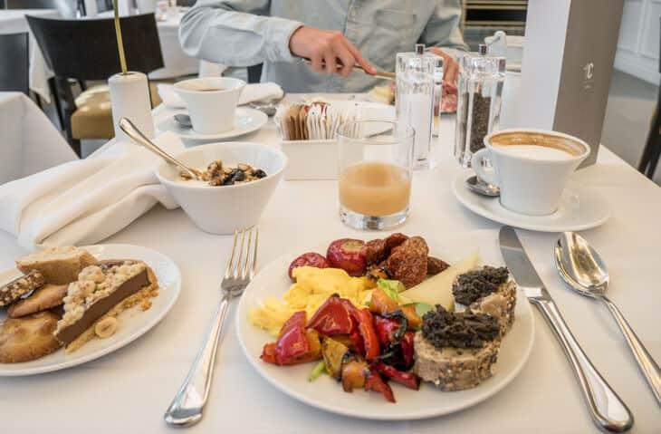 breakfast at palazzo castri