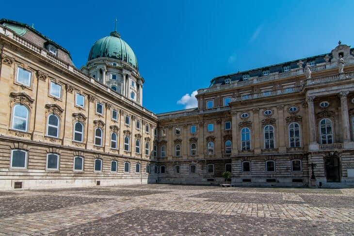 Karta Over Budapest Sevardheter.Budaslottet Slottshojden I Budapest Allt Du Behover Veta Infor