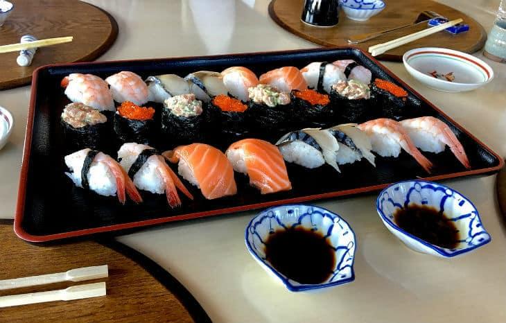 sushi japansk mat