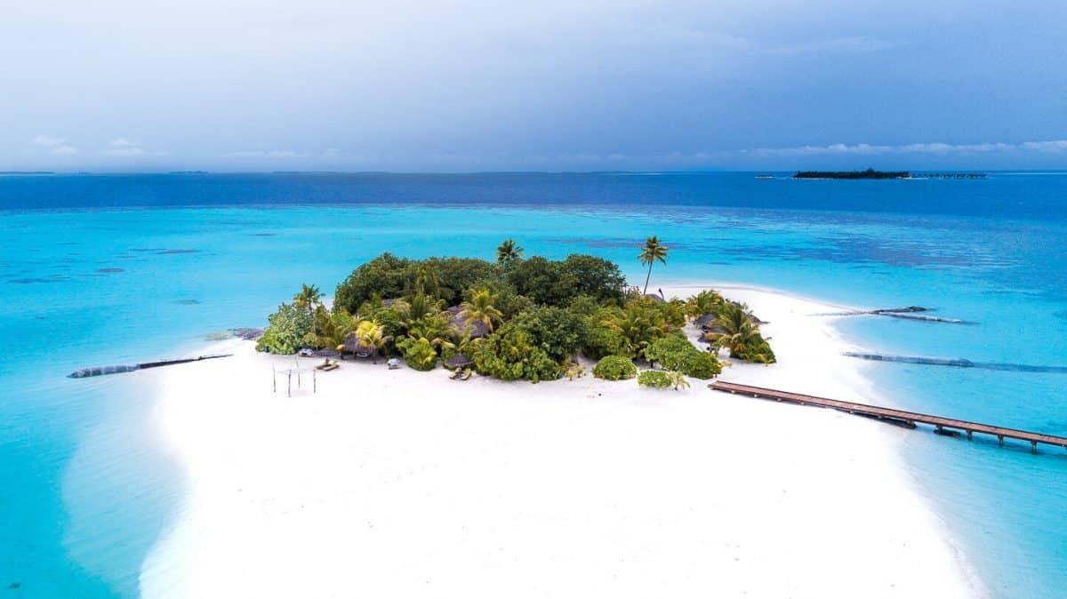 Lonobu Island