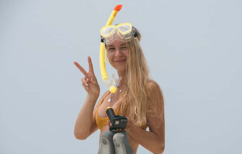 kuramathi-snorkeling