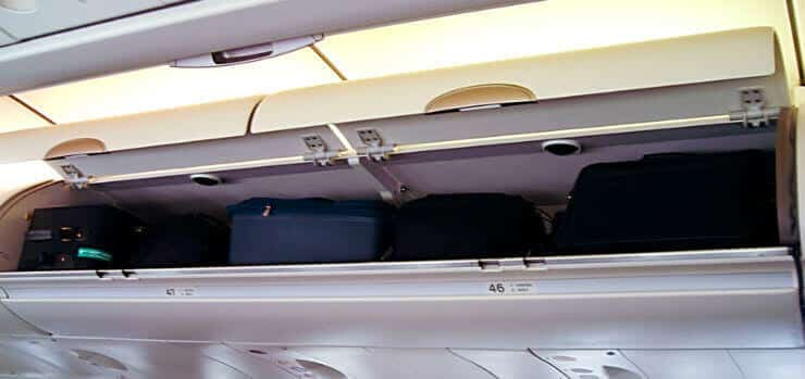 Hand Luggage sizes and weight + carry on information