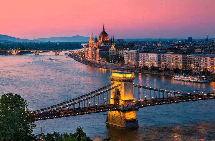 Budapest-travel-guide-01 « ecu.