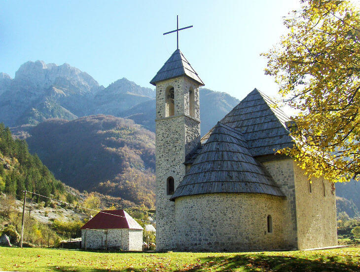 albansk kyrka