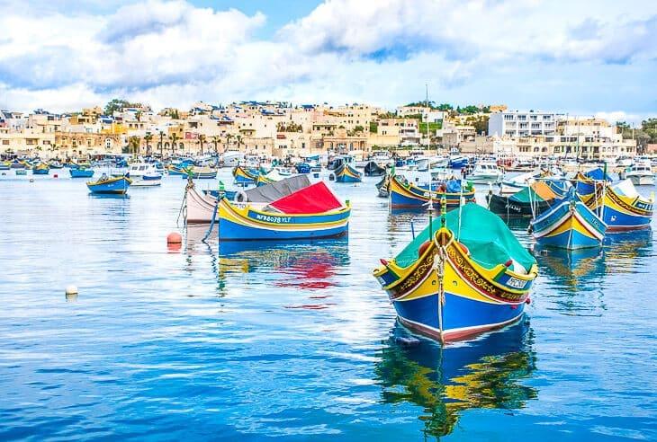 Marsaxlokk charmig fiskeby