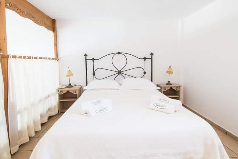 Dioni-bed-1