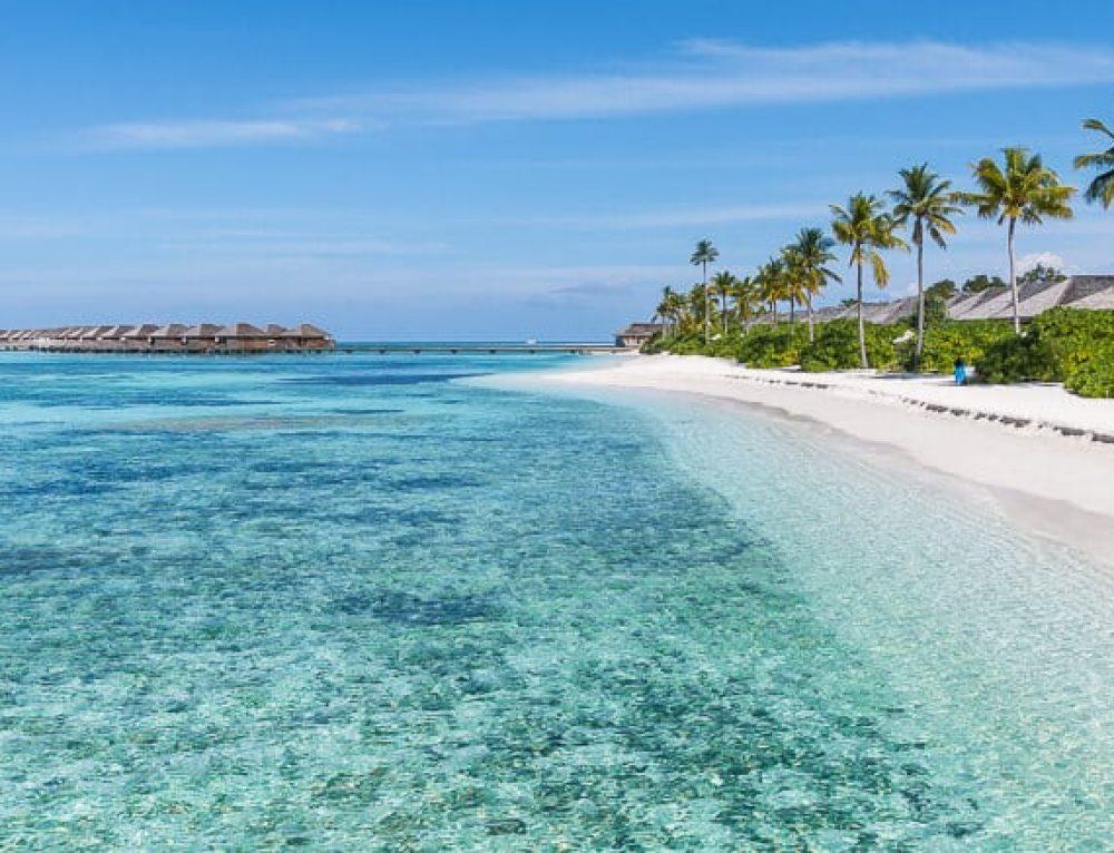 Hotel Review: Hurawalhi Island Resort in the Maldives