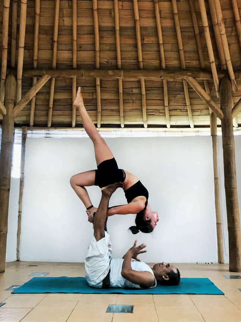 celinne da costa yoga