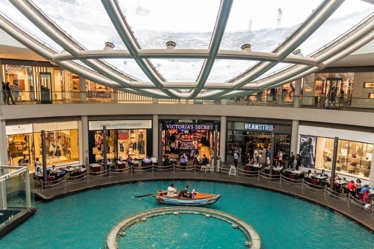 shopping center singapore