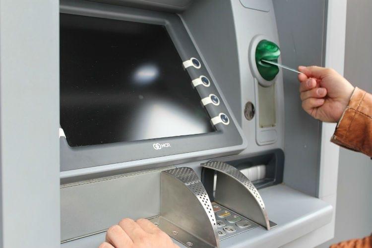 växla pengar bankomat