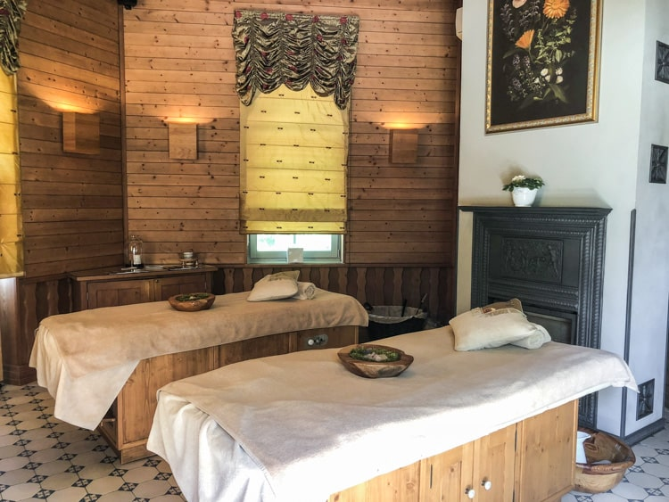 Chateau-Mcely-spa