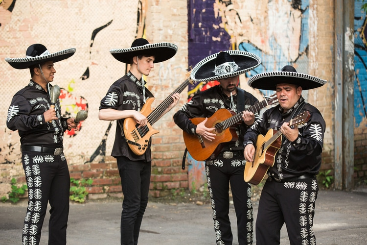 Mariachi - Mexican facts