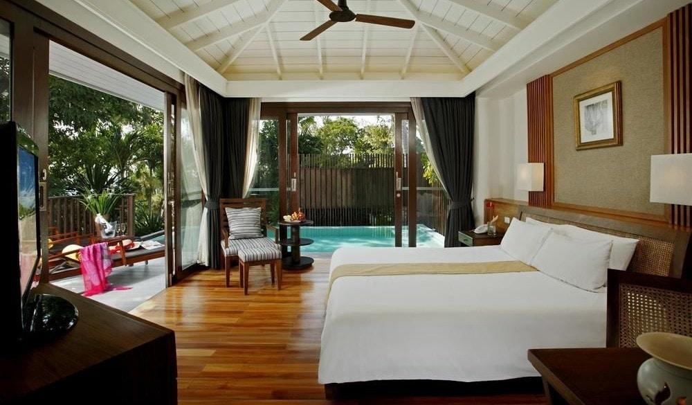 Centara Villas Samui bedroom