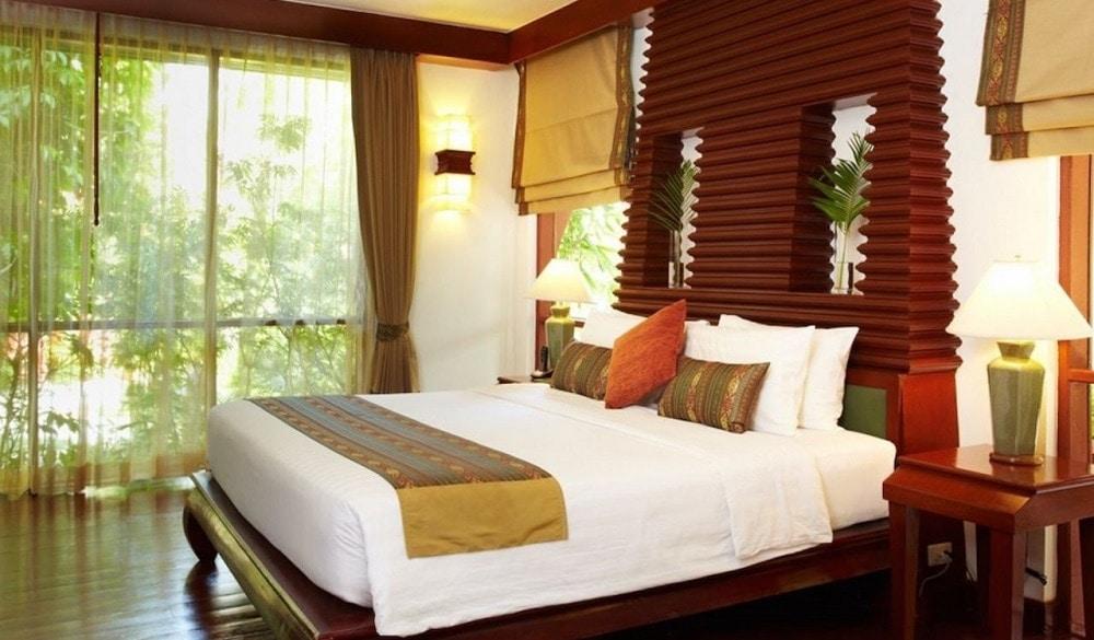 Samui Buri Beach Resort bedroom