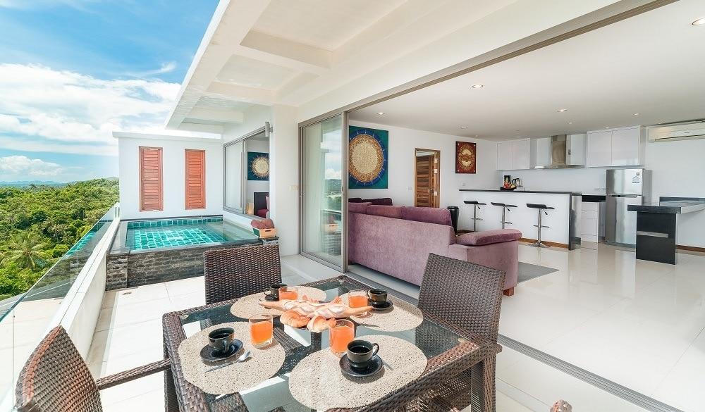 Tropical Sea View Residence pool area