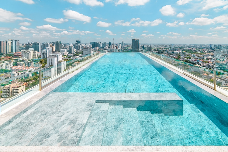 bangkok rooftop pool