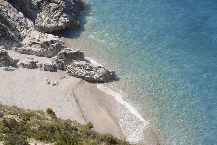 jale beach