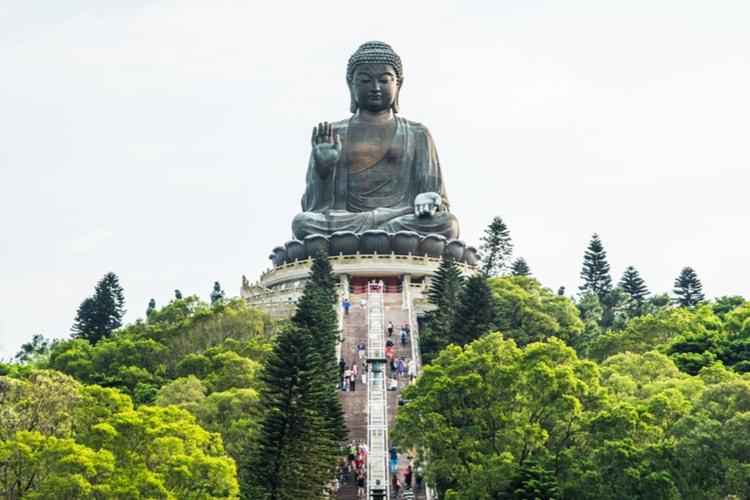 Buda de Tian Tian y Monasterio de Po Lin