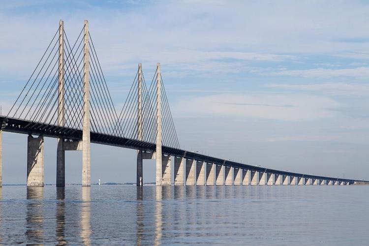 Öresundsbron - Pris, brobizz, överfart och info - Swedish Nomad