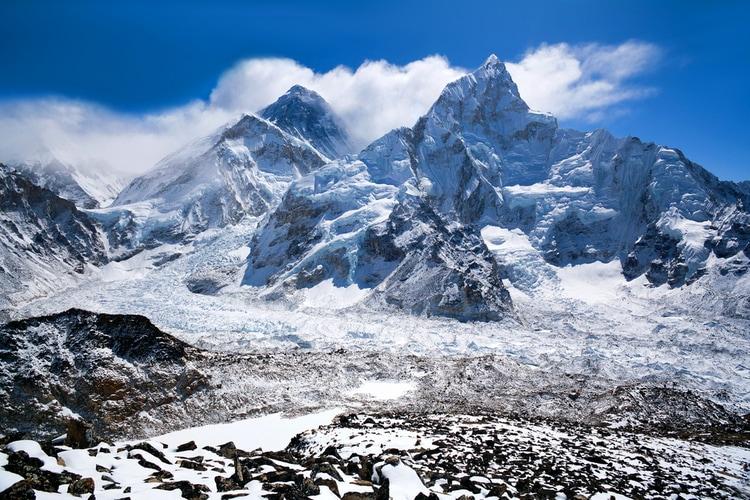 Monte Everest es la montaña mas alta del mundo