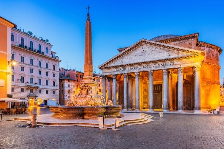 Pantheon upplyst