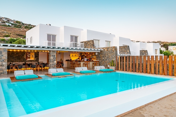 Bill & Coo Coast Suites – Probably the most relaxing hotel in Mykonos