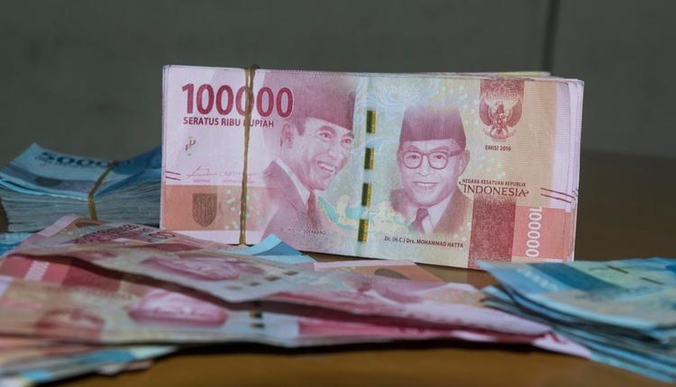 Dinero en Indonesia