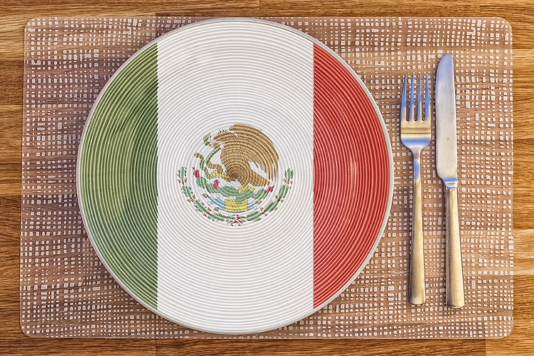Mexican Food and Cuisine – 15 Traditional Dishes to Eat in Mexico