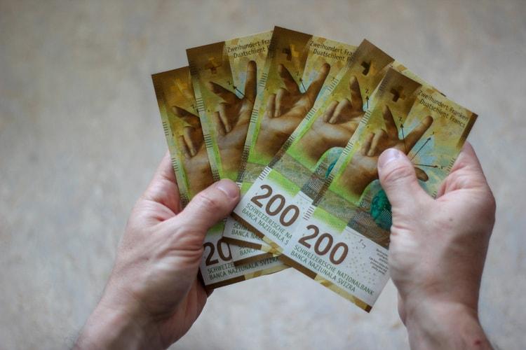 Swiss Franc - 200 CHF