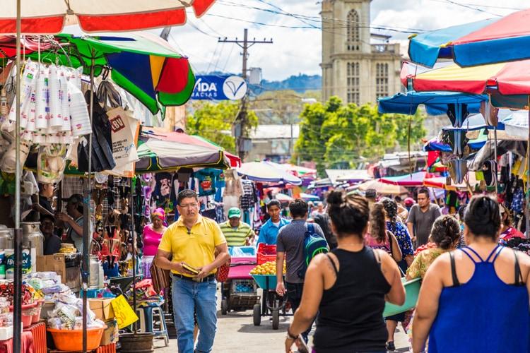 El Salvador språk