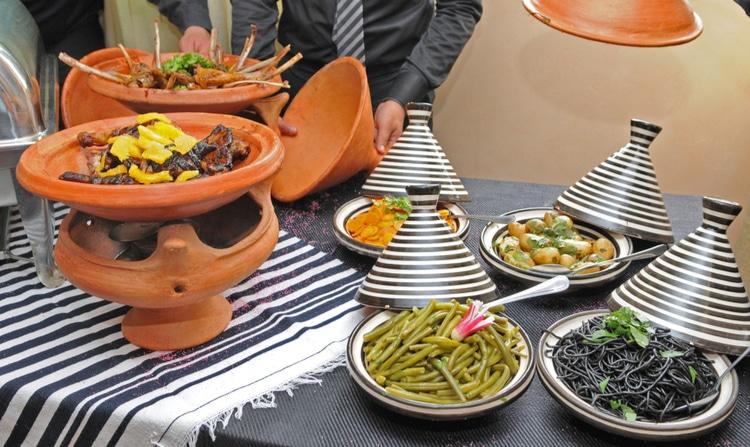 Moroccan food etiquette
