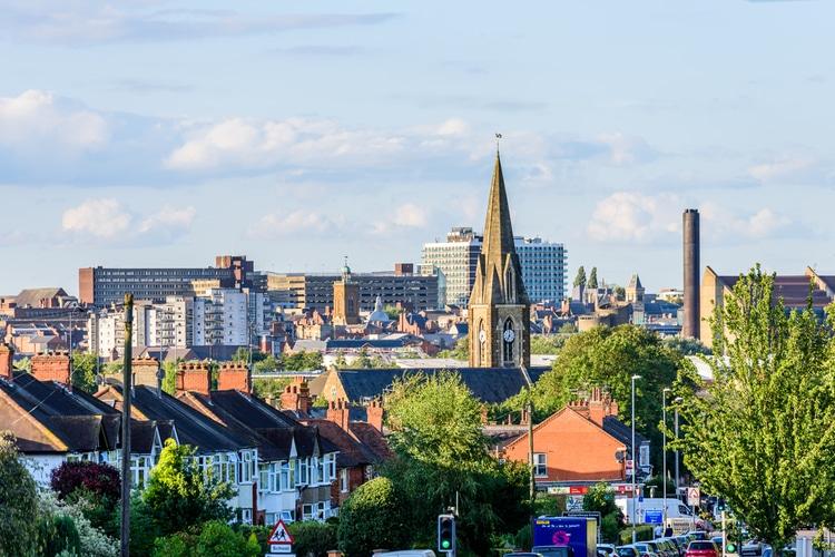 Biggest town in united kingdom