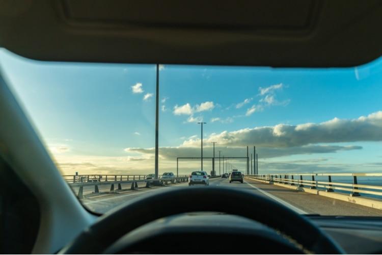 Ta bilen över till Danmark