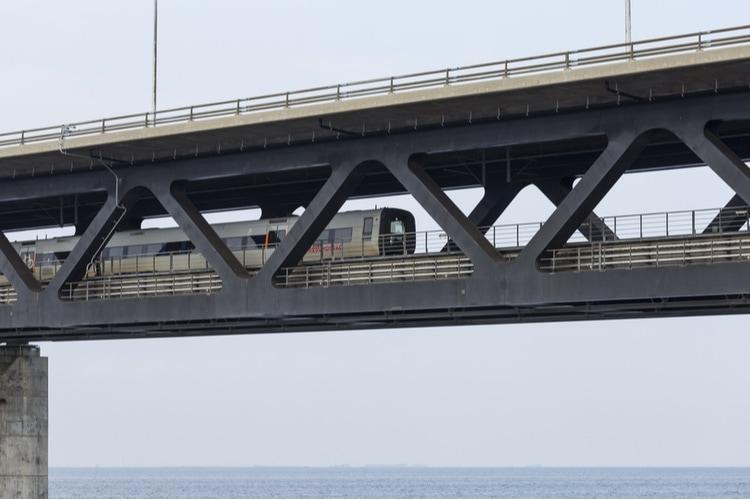 Öresundståget över Öresundsbron