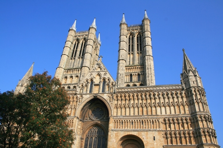 Best time to visit the cathedral in Lincoln