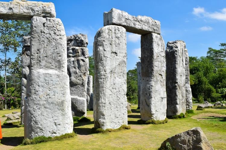Megalitiska stenar