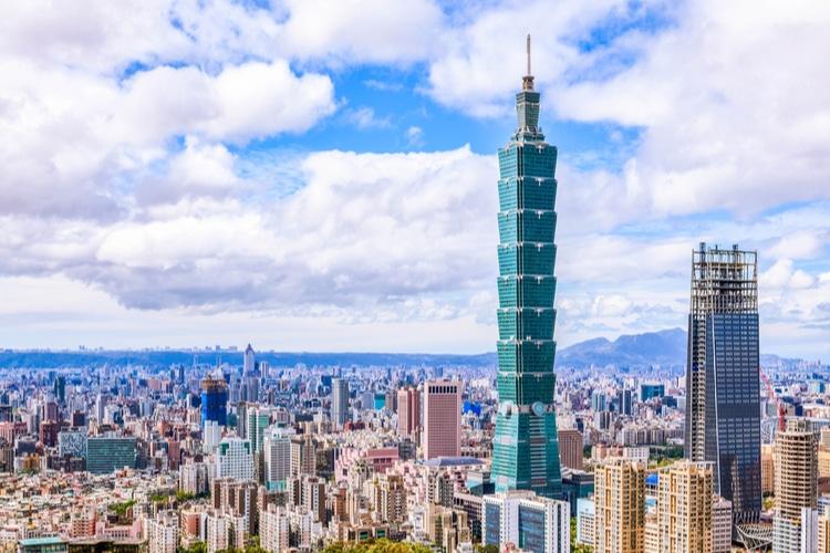 Taipei 101 and Taipei Skyline