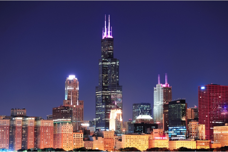Willis Tower in Chicago at night