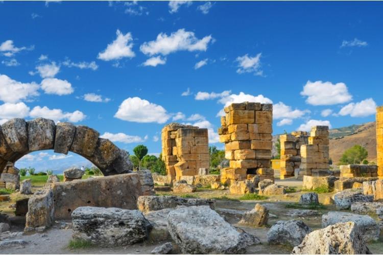 Pamukkale Castle