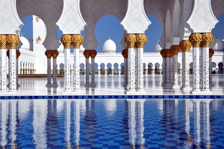 Pillars and pool, Sheikh Zayed Grand Mosque