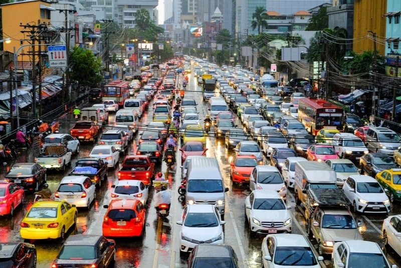 Cars driving on the left side in Thailand