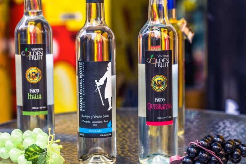 Flaskor med peruansk Pisco