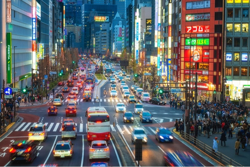 Cars driving on the left side in Japan