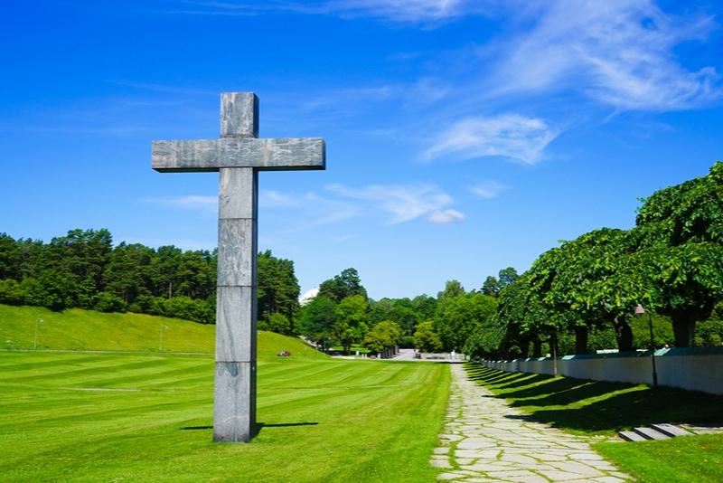 Stora korset vid skogskyrkogården