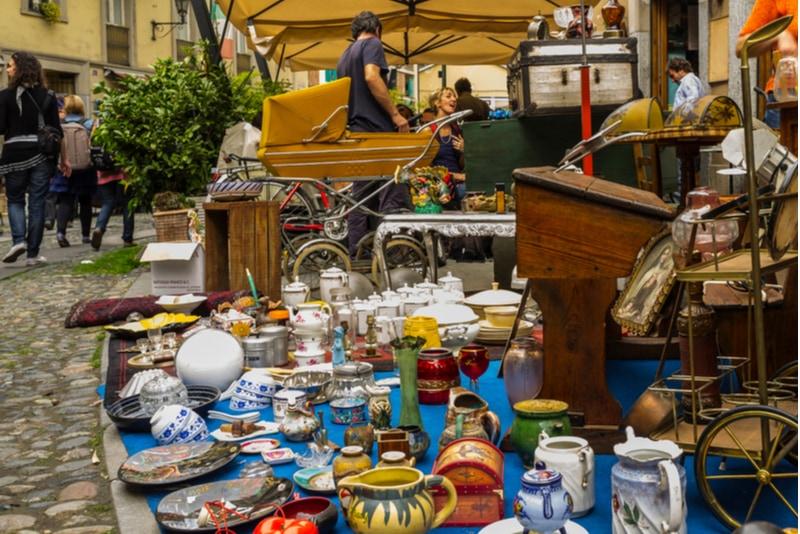 Balon Flea Market