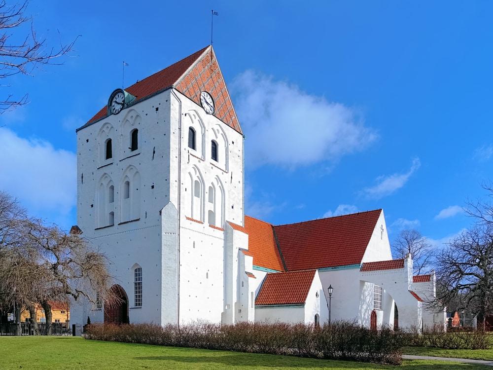 Heliga kors kyrka