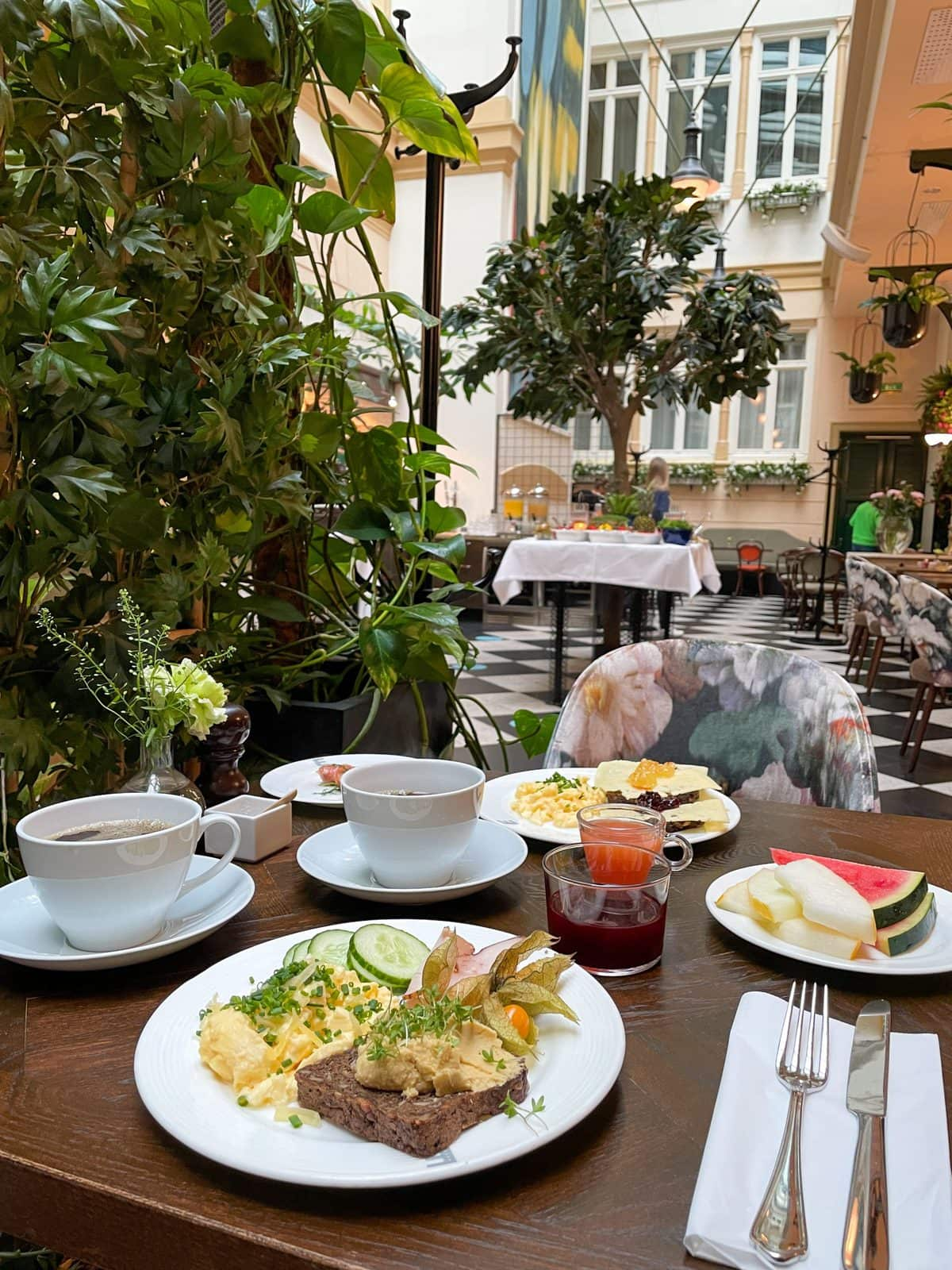 Frukost Elite Plaza Göteborg